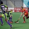 Ranchi Rhinos and Delhi Waveriders players in action during the HIL match